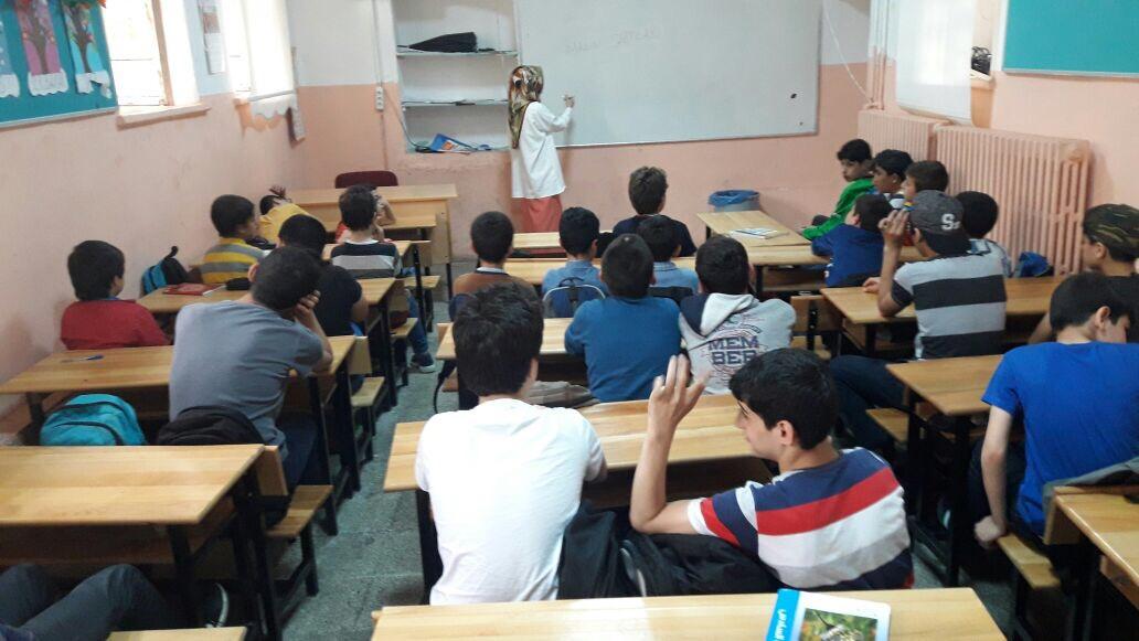 Genç İmam Hatipliler'den Türkçe Seferberliği